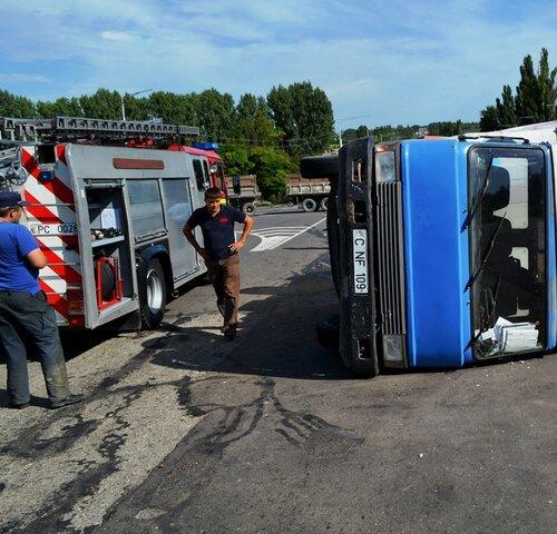 ДТП под Бельцами: столкнулись два большегрузных авто