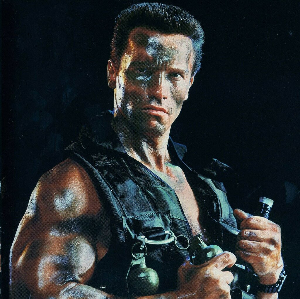1985 Commando Schwarzenegger2.jpg