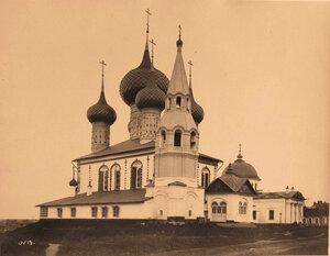 Вид на церковь Петра и Павла (с северо-западной стороны) на Волжском берегу (постройка 1691 г.). Ярославль г.