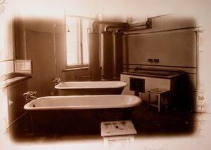 Вид ванной комнаты госпиталя.