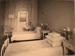 Вид части палаты № 4 в помещении госпиталя.