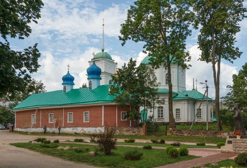 Варваринская церковь и церковь Сорока мучеников севастийских