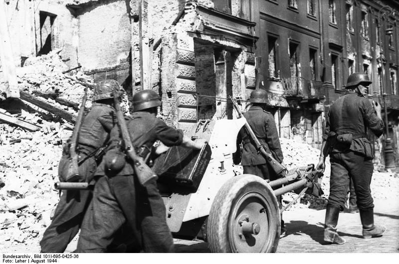 Warschauer Aufstand, Soldaten mit Pak