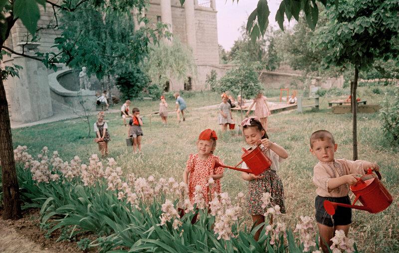 Киев. В детском саду завода Арсенал