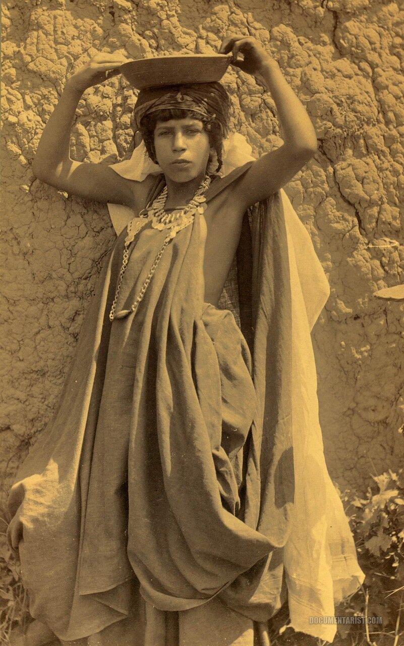1880. Девушка из Вилид Найл