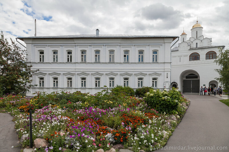 Келейный корпус. Свято-Покровский монастырь в Суздале.
