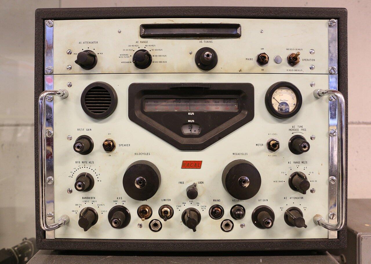Авиамузей Хельсинки-Вантаа. Зал гражданской авиации.Радиооборудование. Finnish Aviation Museum. Radio equipment