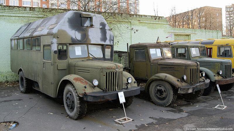 10. Рогожский Вал. МАЗ-200 воен автобус. 1947-1966. 31.10.10.02...jpg