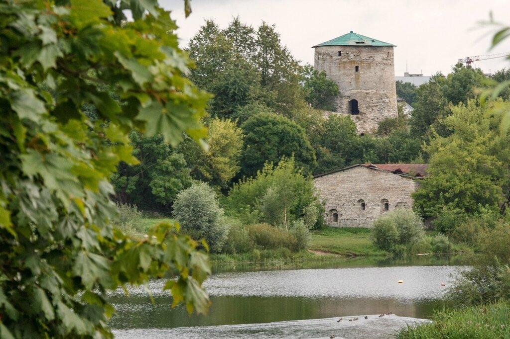 Гремячая башня и Пекарня (Кожевенный завод), Псков