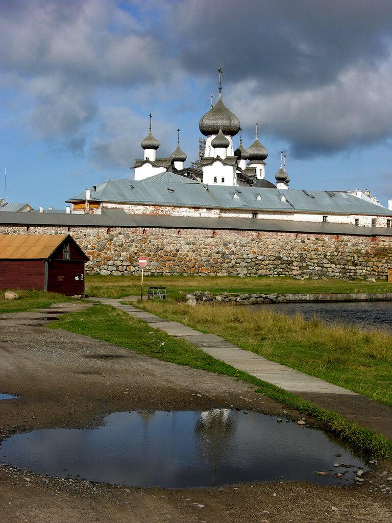 Monastir Den' 12.jpg
