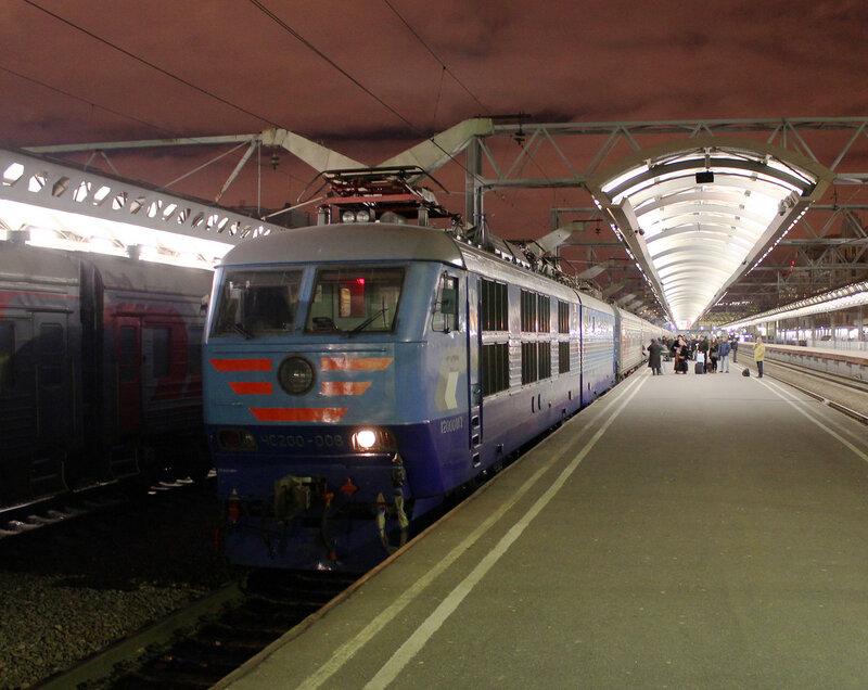 ЧС200-006 на Московском вокзале