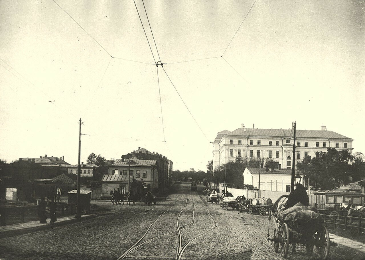 270. Вид от Крымского моста в сторону Крымской площади.1912