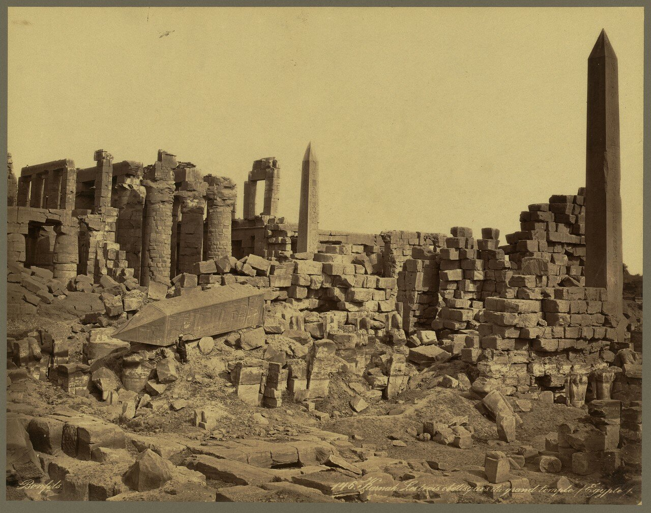 Карнак (Фивы). Три обелиска великого храма. 1867