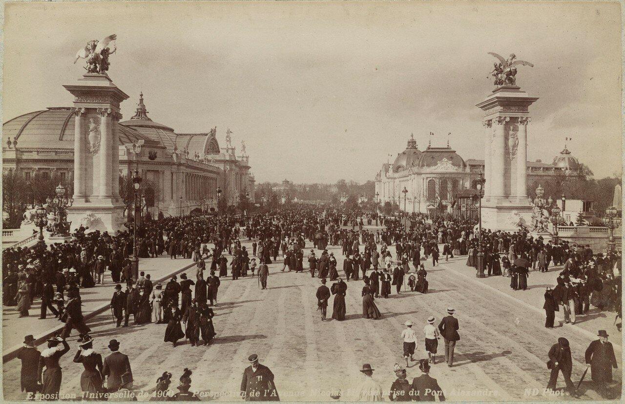 1900. Вид авеню Николая II, с мостом Александра III (Гранд Пале и Пти-Пале)