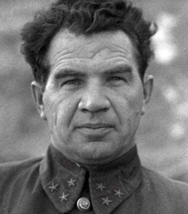Василий Чуйков, Сталинградская битва, сталинградская наука, битва за Сталинград, военачальники Красной Армии, полководцы Красной Армии