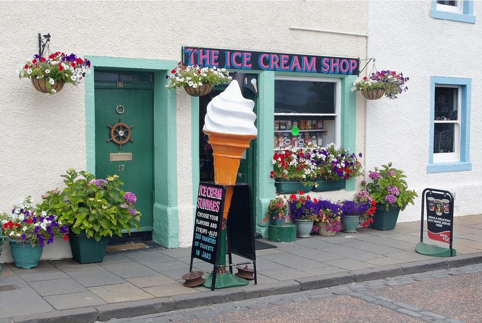 Рыбацкий посёлок. Питтенуим. кафе-мороженое. Шотландия(12) Stephen Dutch