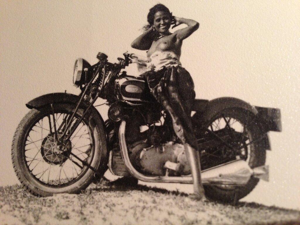 Triumph-500-Silent-Scout-1933-01.jpg