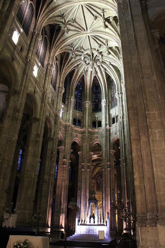 Parigi,_saint-eustache,_int__01.JPG
