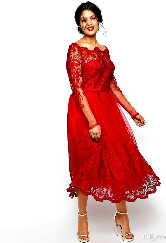 Красное кружевное платье для полных