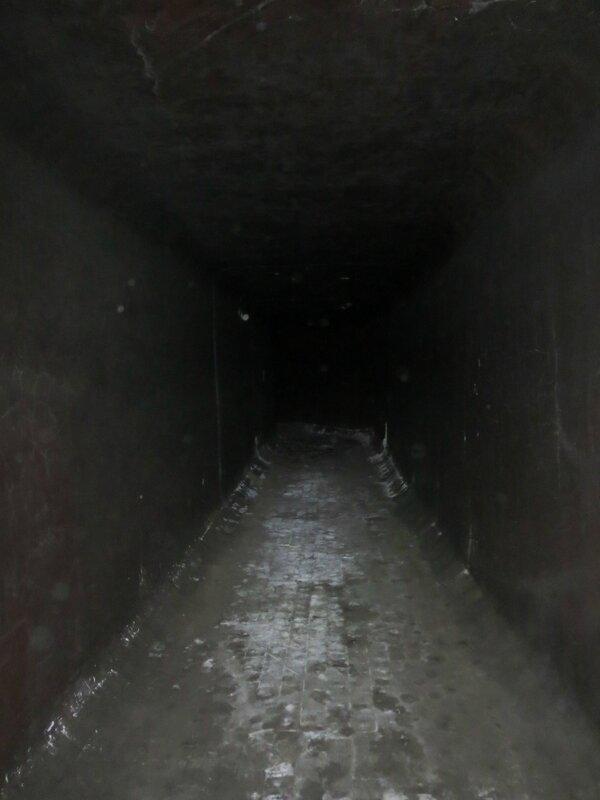 Подземка и коммуна 020.JPG