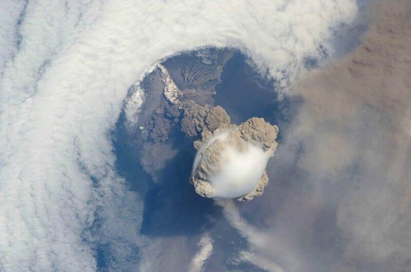 Красивые фотографии извержения вулканов 0 1b6281 182bcf6f XL