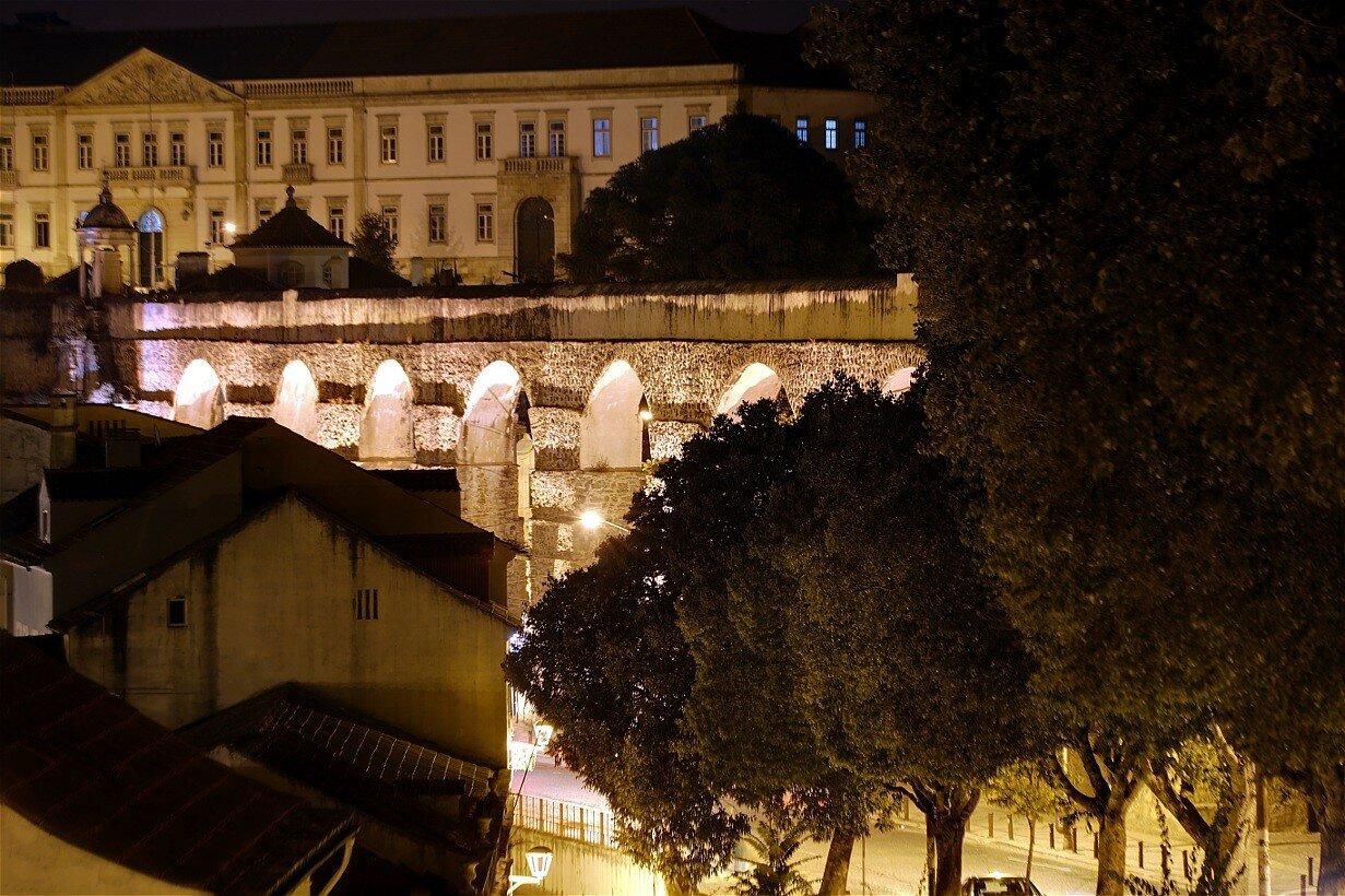 Ночная Коимбра. Акведук Святого Себастьяна (Aqueduto de São Sebastião)