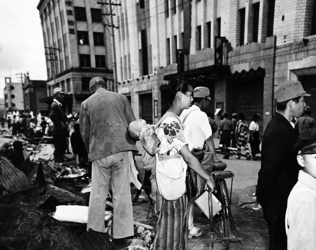 Japanese people at Yokohama, September 21, 1945.