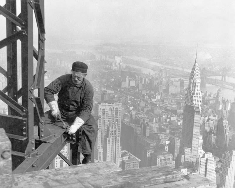 Cамые впечатляющие кадры жизни американских рабочих начала XX века (16 фото)