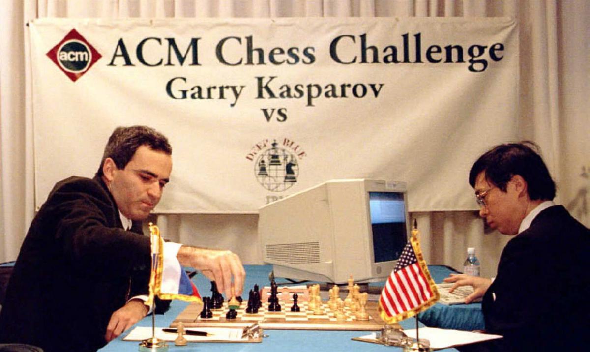 Как впервые компьютер победил чемпиона по шаxматам 20 лет назад (12 фото)