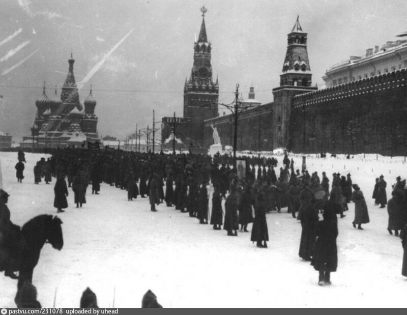231078 Красная площадь 1919.jpg