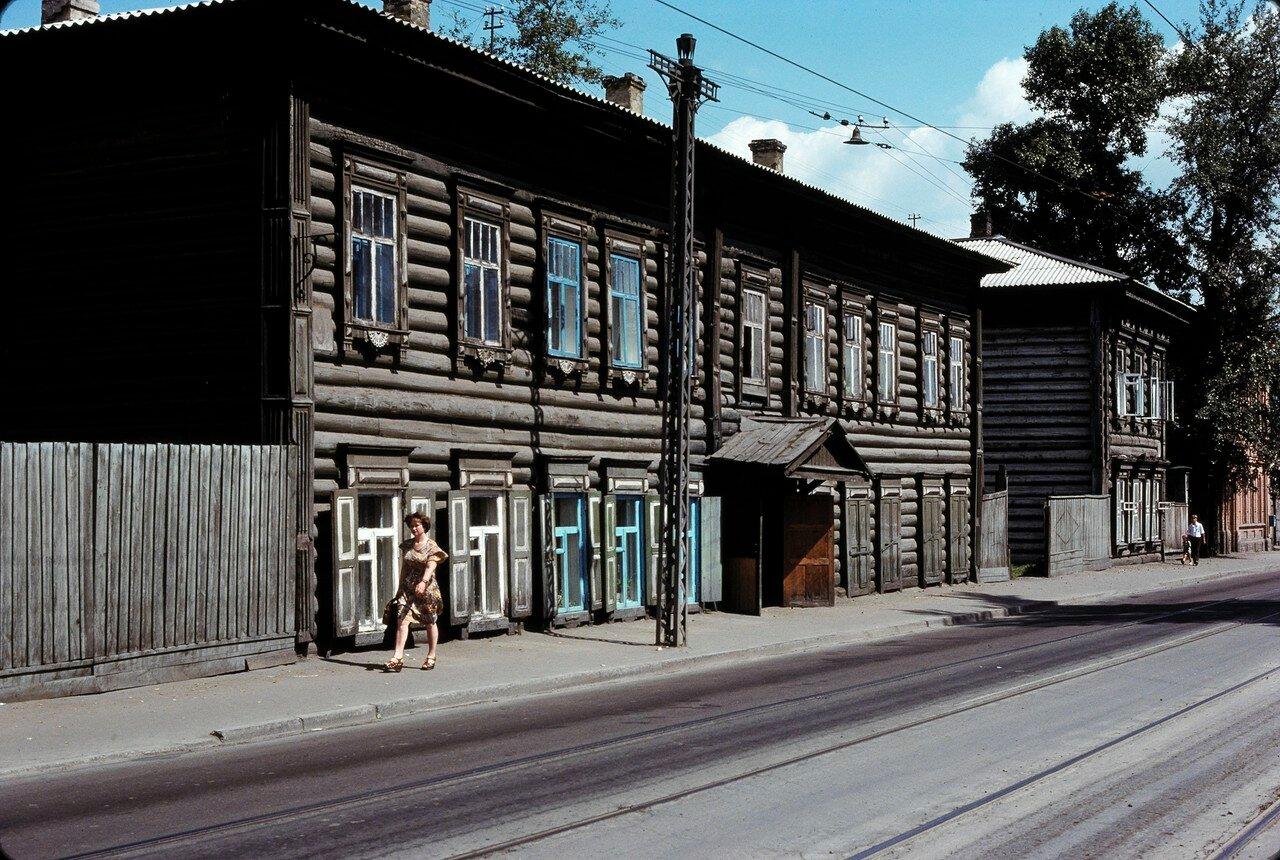 Иркутск. Деревянные дома по улице Тимирязева