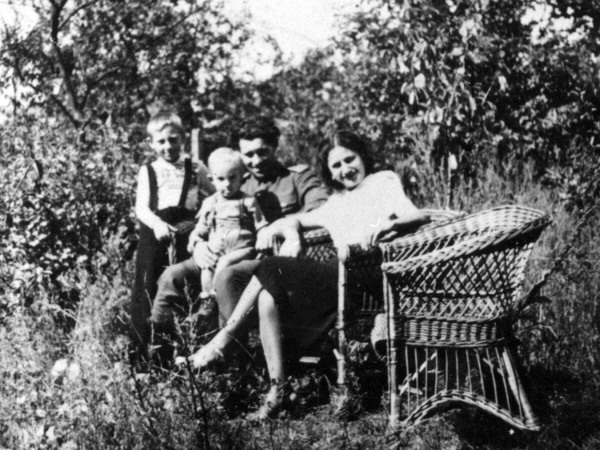 1950. В г.Гайсин, УССР