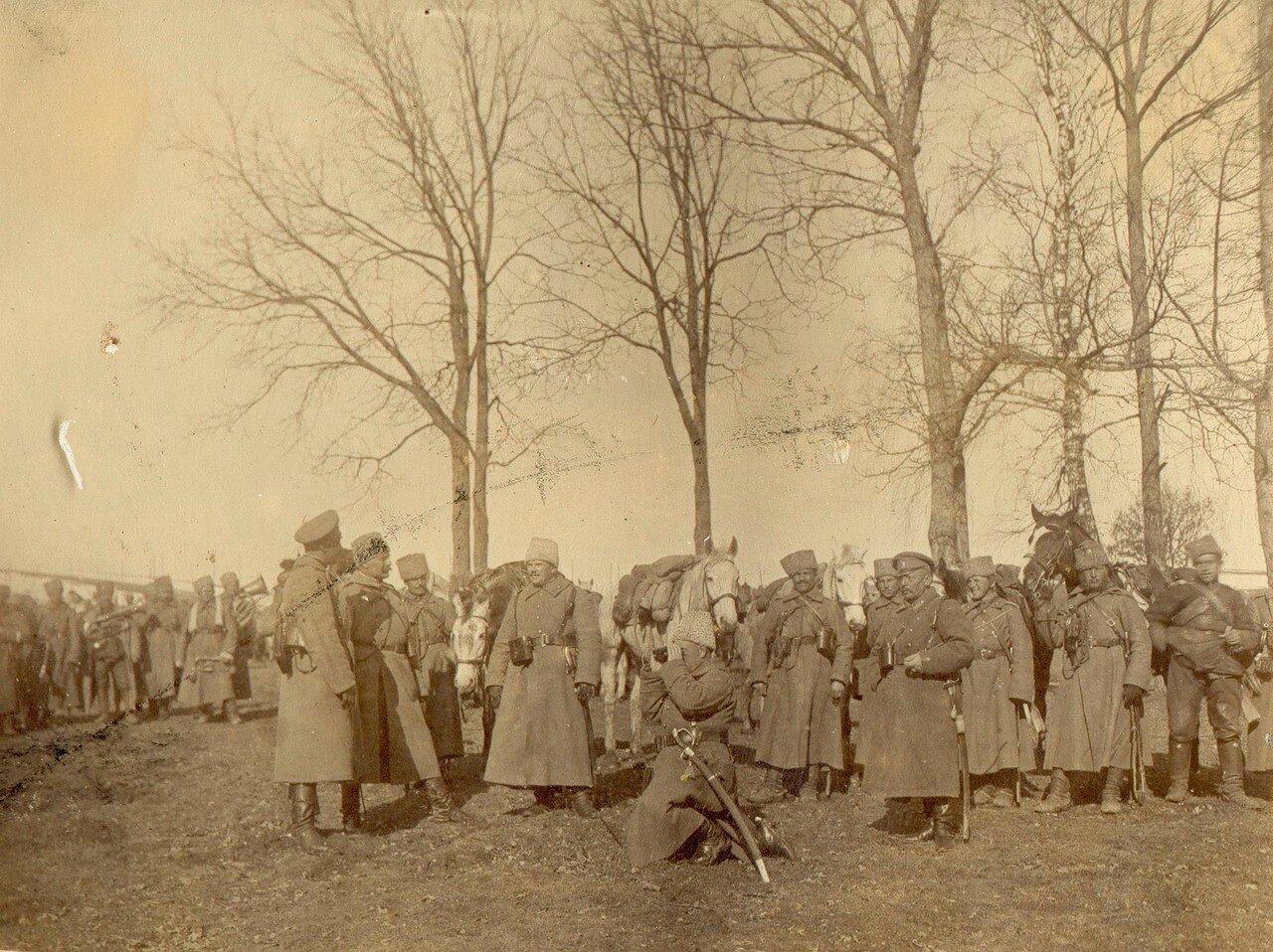 Гусары и офицеры 10-го гусарского Ингерманландского полка