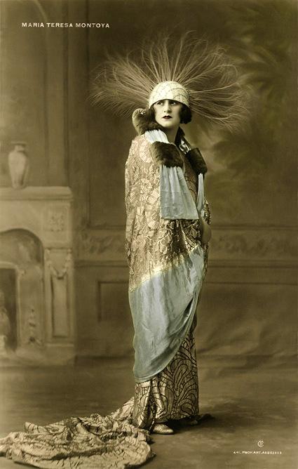 Maria Teresa Montoya, 1923.jpg