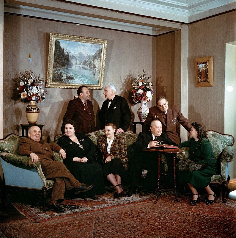 Народные артисты СССР, оперные и театральные деятели. 1954..jpg