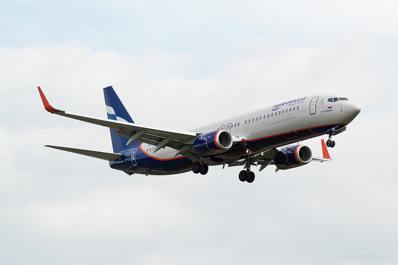 Boeing 737-8LJ (VP-BZA) Аэрофлот D806013