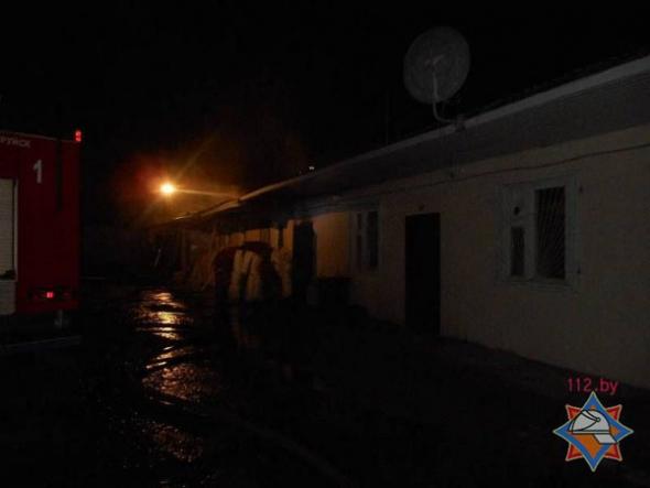 В Бобруйске спасатели ликвидировали пожар на деревообрабатывающем предприятии