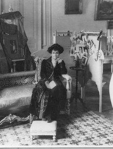 Жена болгарского посла.