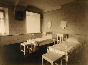 Вид части палаты № 3 (на 2-х раненых)