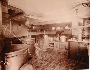 Вид части кухни (камбуза) с котлами системы  Совера, устроенной в одном из помещений плавучего госпиталя Орёл.