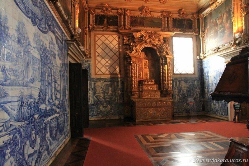 Часовня в музее азулежу, Лиссабон