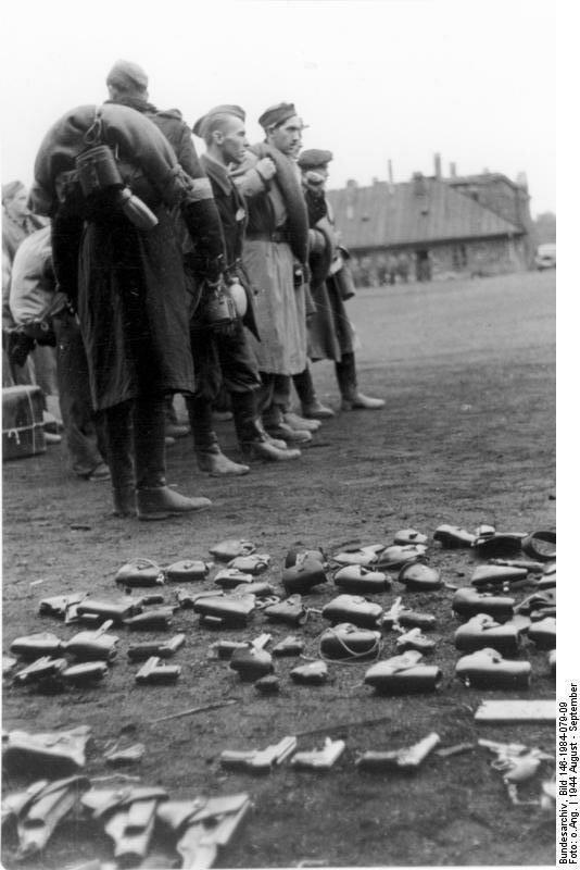 Warschauer Aufstand, polnische Gefangene