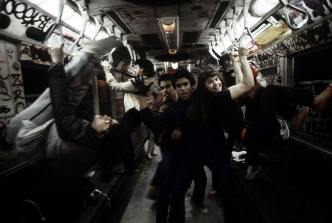 Американский фотограф Christopher Morris: Граффити и андеграунд нью-йоркского метро (15)