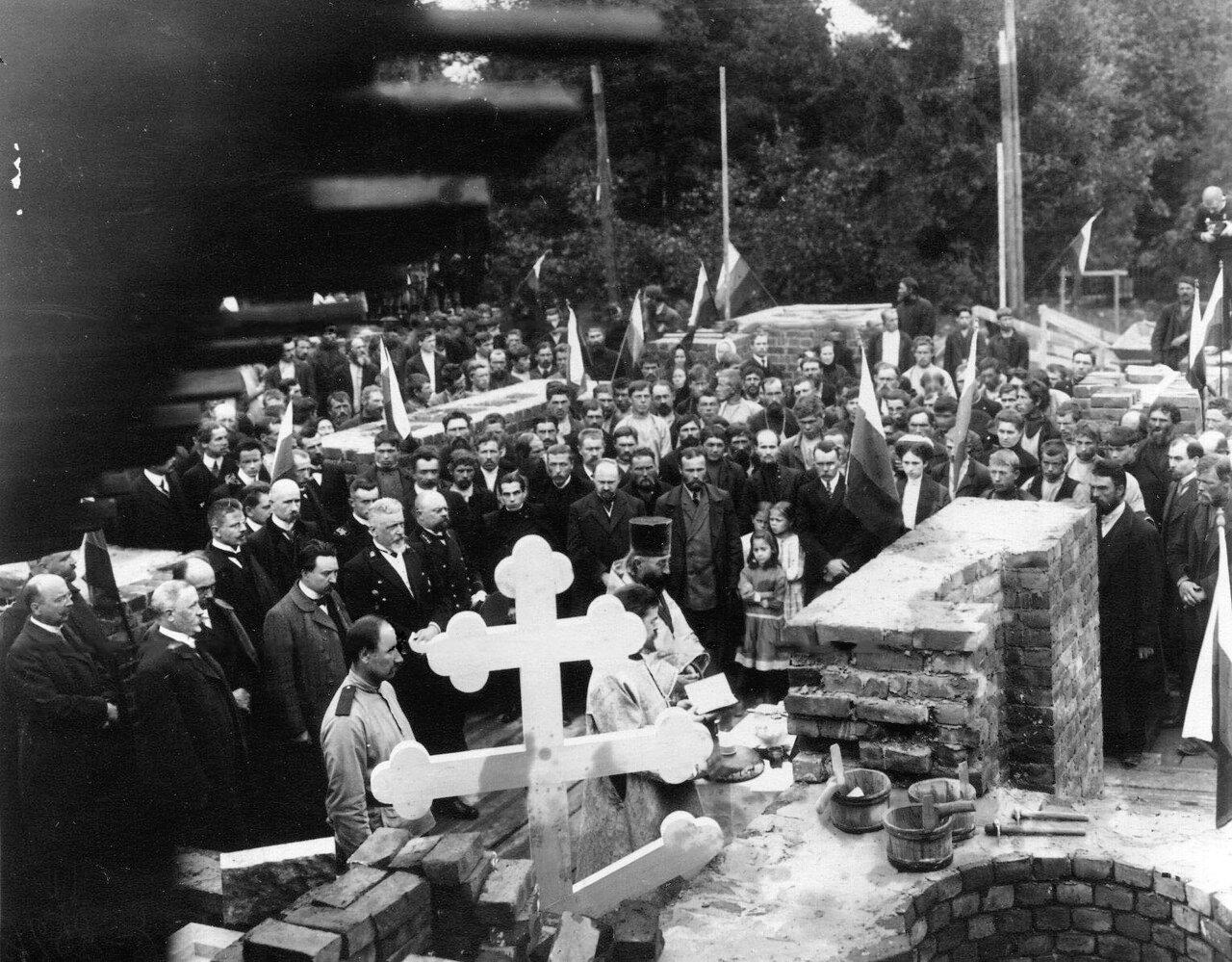 02. Молебен перед закладкой нового здания. 1912