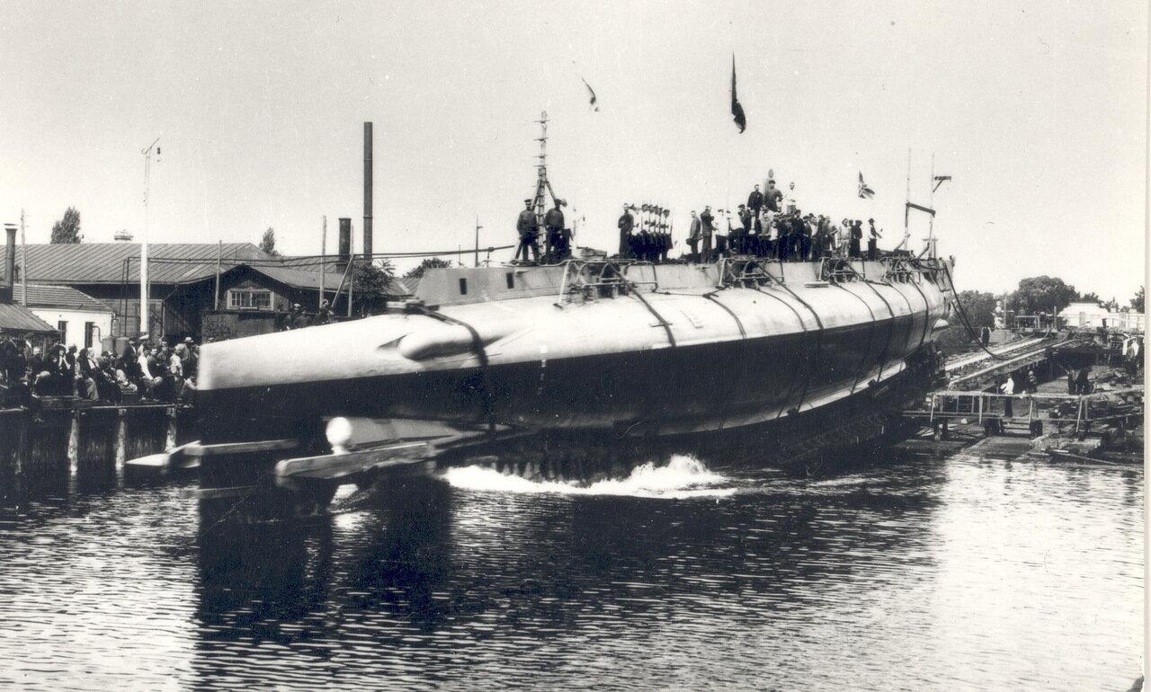 25. Подводная лодка