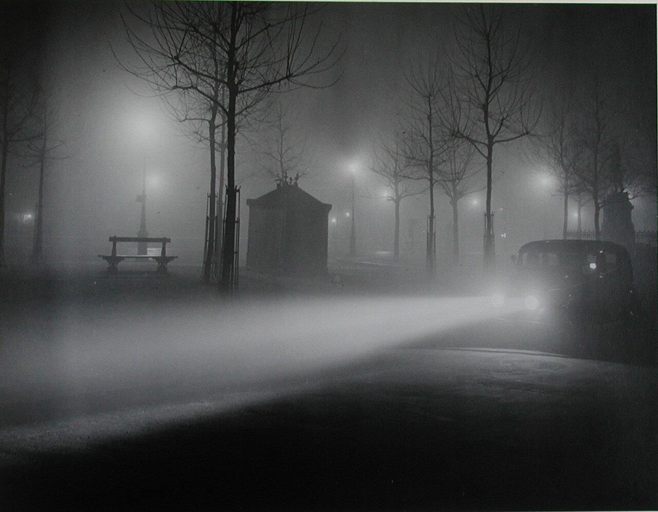 1934. Париж в тумане