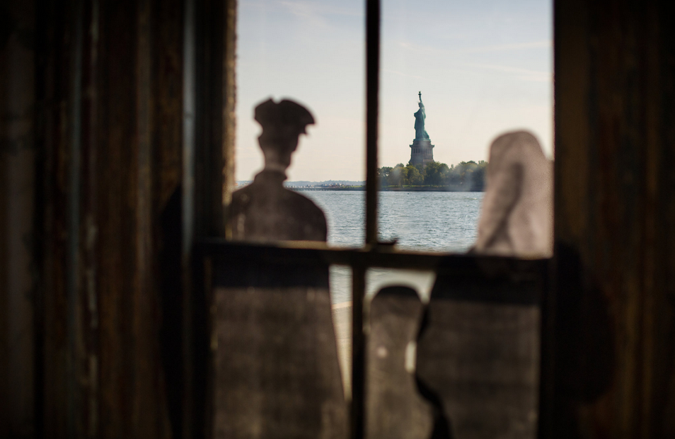 Ellis Island, JR0.png