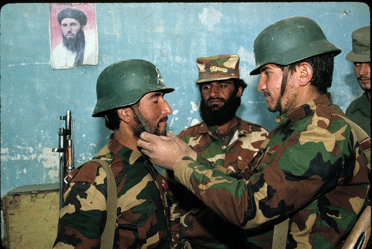 Jalalabad. 1994 Academy of new islamic army Allah O Akbar written on helmets2.jpg