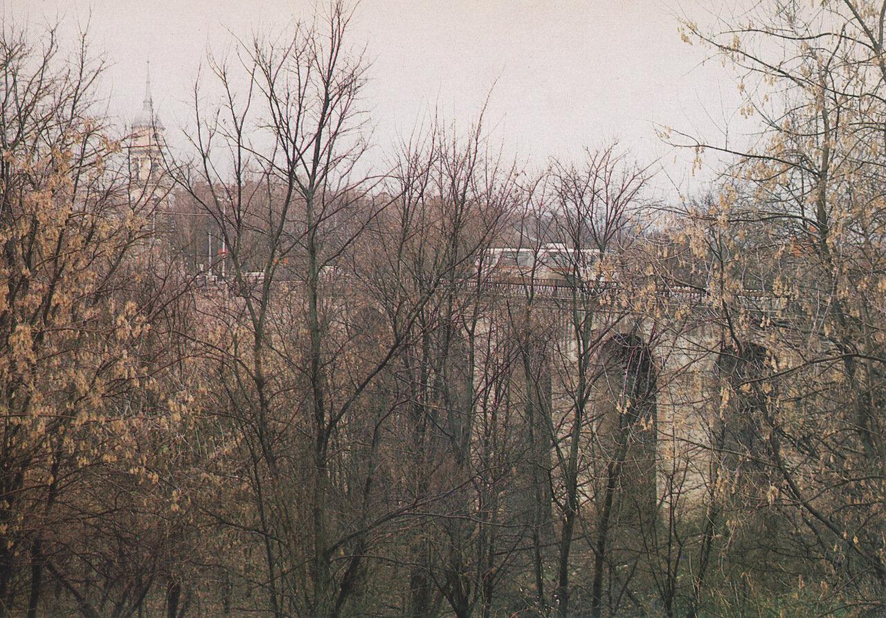 Каменый мост. Памятник архитектуры XVIII в.jpg
