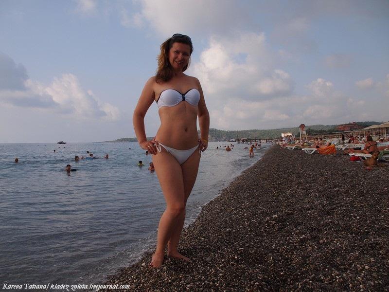 фото жены в купальнике мини